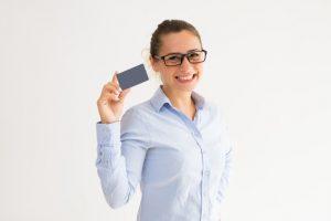 Aprenda como não pagar anuidade do cartão com estas 3 táticas