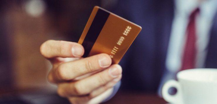 Cartão de crédito sem limite existe
